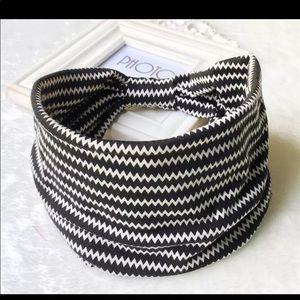 NWT 🌸Wide bohemian cotton headband
